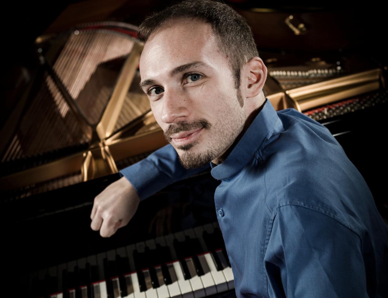 Orazio Sciortino – pianoforte